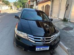 VENDO OU PASSO FINANCAMENTO - Honda City Aut. LX 2013 com GNV 5ª
