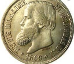 Moeda antiga ouro prata cobre.