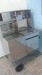 carrinho de cachorro-quente à venda