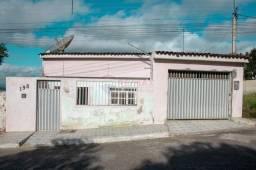 Casa com 5 dormitórios à venda, 200 m² por R$ 400.000,00 - José Maria Dourado - Garanhuns/