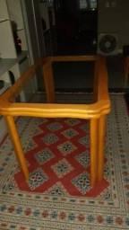 Mesa de jantar - 140 x 085 cm