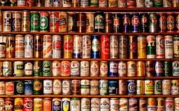 Coleção de Latas de Cerveja e Refri,(Mais de 700 latas período de 1990 à 2000)