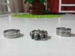 3 anéis lindos!