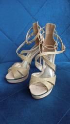 Sandália salto alto de festa dourada tamanho 34