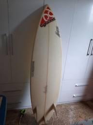 Prancha de surf cyclone