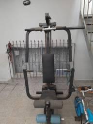 Estação de musculação/treino