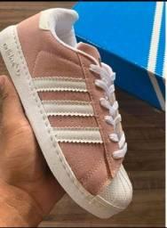 Tênis Adidas star