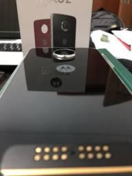 Moto Z play + Insta-Share Projector