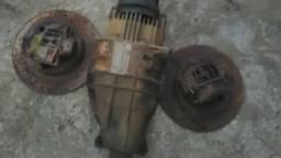 Diferencial Omega- Pinças e disco de freio traseiro