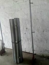 Porta de rolo numca usada medindo 1,20 de largura 350