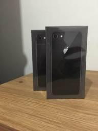 Iphone 8 de64gb 3499