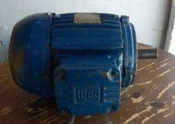Motor elétrico trifásico Weg 1 cv