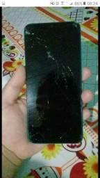 Vendo xaomi  9A único problema tela trincada 2 meses de uso