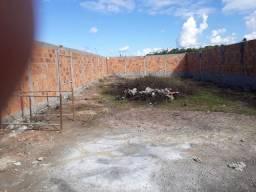 Alugo terreno murado em feira de Santana..bairro da mangabeira