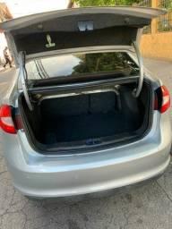 Vendo Ford New Fiesta 2011
