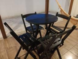 Mesa Redonda bistrô com 4 cadeiras dobráveis