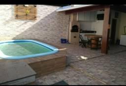Vendo casa em Santa Mônica ASS 220.000