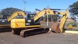 Escavadeira 320 D2L / 2014