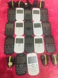 Celular antigo Nokia asha 201