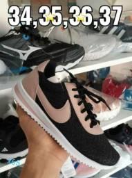Tênis, sapatos, sandália