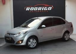Fiesta sedan 1.6 completo 2011