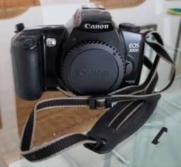 Máquina Fotográfica Canon EOS 3000