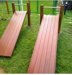 Playground e carpintaria em geral