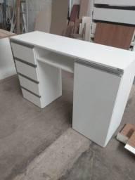 Mesa para unha de gel