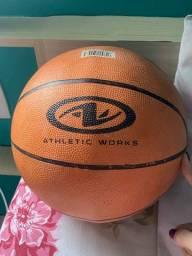 vendo bola de basquete