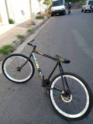Troco bicicleta aro 26 por outra do msm nivel