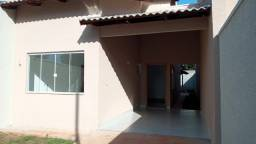 Linda casa 3/4 no Jardim Mariliza em Goiânia.