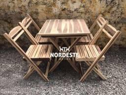 Conjuntos dobráveis de mesas e cadeiras