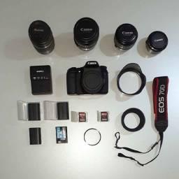 Canon Eos 70d + Carregador + 4 Bat + 4 Lentes