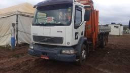 Caminhão munck para locação