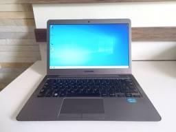 Ultrabook Samsumg NP530U3B i5 4GB SSD 240GB