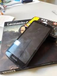 Moto E5 play usado