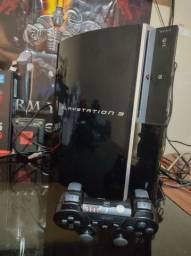 Vendo ps3 fat cfw funcionando perfeito hd 500gb 20 jogos no Hd