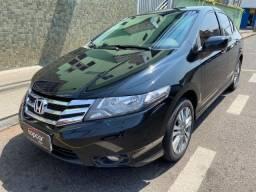 Título do anúncio: Honda City LX Aut 2° Dono Muito Novo Impecável Extra!!!!!
