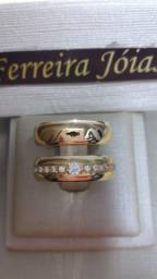 Par de alianças em ouro 18k e prata 950 com diamantes sintéticos