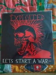 The Exploited - Let`s Start a War....Said Maggie One Day - Nacional - LP