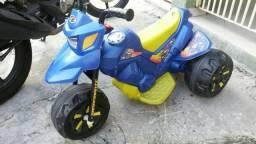 A moto elétrica XT3