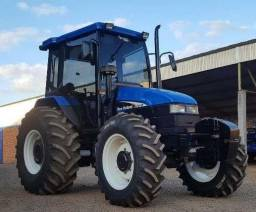 Trator New Holland TS 100 4x4