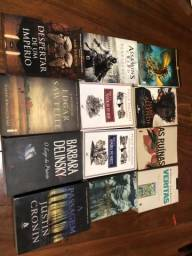 12 livros de autores diversos. Excelente estado. Em Português