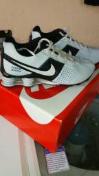 Nike shox primeira linha