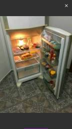 Geladeira frost free 600 reais 992837558