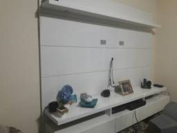 Colchão casal, home theater, dvd, mesa de escritório e estante