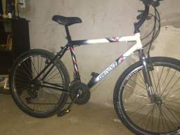 Bicicleta com macha aro 26 ( leia o anúncio)