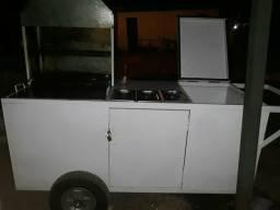 Carrinho de churrasco com frigobar