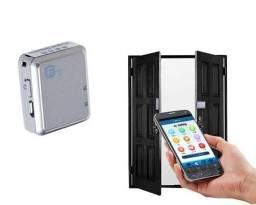 Mini Rastreador GPS Espião com Escuta e bateria de duração 10 dias instalado