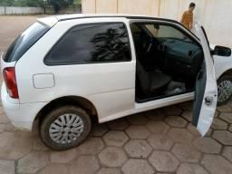 Vende-se um carro 13.000 - 2011